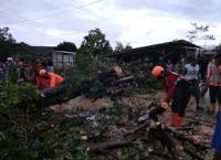 Diterjang Puting Beliung, Ratusan Rumah Rusak dan 2 Orang Terluka di Demak