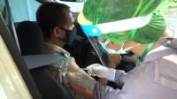Vaksinasi Covid-19 di Bali Digelar Drive Thru, Pertama di Indonesia