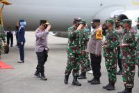 Kunker ke Papua, Panglima TNI dan Kapolri Bakar Semangat Satgas Nemangkawi