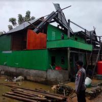 35 Rumah Warga di Pesisir Pangkep Rusak Diterjang Puting Beliung