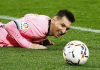 Ada Peluang Lionel Messi Bertahan di Barcelona