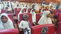 300 Anak Dibebaskan, Beberapa Alami Luka di Kaki