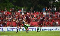 Cuma Punya Wander Luiz, Pelatih Persib Bandung Tertarik Datangkan Ferdinand Sinaga