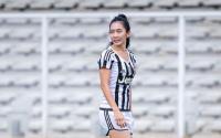 Sama-Sama Kenakan Jersey Juventus, Cantik Mana Georgina Rodriguez atau Fithri Syamsu?