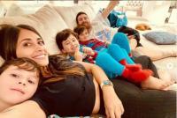 Potret Istri Lionel Messi Pamer Tato Nama 3 Anaknya