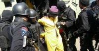 Densus 88 Sita Pedang dan Senapan Angin dari Terduga Teroris Kediri