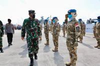 Foto-Foto Momen Panglima TNI Lepas Satgas Maritim TNI Konga XXVIII-M