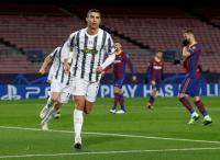 Diusir dari Juventus, Cristiano Ronaldo Terima Pinangan David Beckham?