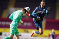 Gara-Gara Xhaka, Arsenal Ditahan Burnley 1-1 di Babak Pertama