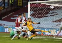 Buang-Buang Peluang, Aston Villa vs Wolverhampton Berakhir Tanpa Gol