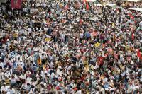 Tolak Patuhi Perintah, Polisi Myanmar dan Keluarganya Melarikan Diri ke India