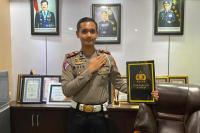 Inisiator TACS Diganjar Penghargaan Pin Emas Kapolri Jenderal Listyo Sigit