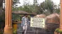Dampak Gempa Malang, Patung Gorilla Ikon Snail Coster Jatim Park 2 Runtuh
