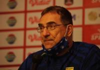 Pelatih Persib Ungkap Satu Faktor yang Buat Persebaya Berbahaya di Piala Menpora 2021