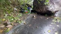 Gempa M6,7 Guncang Malang, Pemotor Dikabarkan Tertimpa Batu Besar