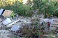 Tenggelam Diterjang Siklon Seroja, Warga Desa Tunbaun Kupang Belum Dapat Bantuan