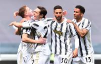 Juventus Kubur Genoa di Allianz Stadium