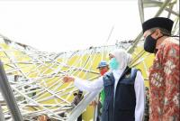 Kunjungi Malang, Khofifah: Balai Desa Jadi Tempat Berlindung Jika Ada Gempa Susulan