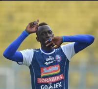 Buru Pemain seperti Makan Konate, Arema FC Belum Move On?