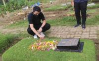 Ke Lombok, Coach Kensuke Takahashi Ziarah ke Makam Bonsu Hasibuan