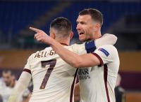 Edin Dzeko Penuh Percaya Diri Bisa Singkirkan Man United di Semifinal Liga Eropa