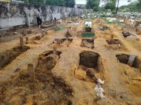 Diguyur Hujan, Belasan Kuburan di Pekanbaru Amblas