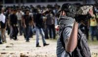 Bukannya Sholat Tarawih, Dua Kelompok Remaja Malah Tawuran Saling Lempar Batu dan Petasan