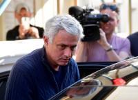 Dipecat 4 Klub, Jose Mourinho Terima Pesangon Rp1,57 Triliun