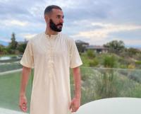 Cara Penyerang Muslim Real Madrid Karim Benzema Ngabuburit, Penasaran?