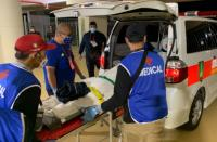 Cedera, Gelandang Persib Bandung Dilarikan ke Rumah Sakit