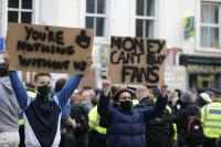 Foto Gaharnya Fans Chelsea Tolak Liga Super Eropa