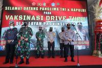 Panglima TNI dan Kapolri Tinjau Vaksinasi Pelaku Pariwisata di Bali