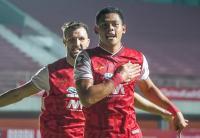 Persija Jakarta Unggul 2-0 atas Persib Bandung di Babak Pertama