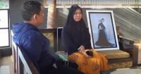 Tangis Ibu Serda Pandu Kenang Berikan Restu Anaknya Sebelum Bertugas di KRI Nanggala-402