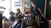 Usahanya Bangkrut Dihantam Pandemi, Bule Italia Jadi Gembel di Bali