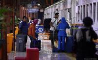 H-1 Pelarangan Mudik, Stasiun Kiaracondong Bandung Diserbu Penumpang