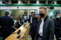 Bunuh Polisi, 2 Turis AS Divonis Penjara Seumur Hidup