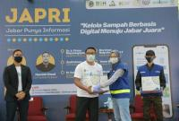 Ridwan Kamil Kerjasama dengan Hamish Daud Kelola Sampah lewat Aplikasi