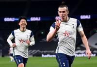 Preview Leeds United vs Tottenham Hotspur: Si Lili Putih Coba Perbaiki Posisi