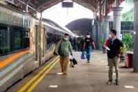 2 Hari Larangan Mudik, Jumlah Penumpang Kereta di Surabaya Turun Drastis