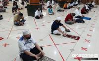 Wajib Tahu, Protokol Kesehatan saat Sholat Tarawih di Masjid