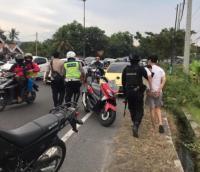 Kendarai Mobil VW, Remaja Ini Nekat Tabrak Polisi di Pos Penyekatan Mudik