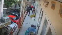 Curi Lima Pasang Sepatu di Kosan, Pelaku & Korban Sempat Bertemu Saat Naik Tangga