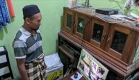 Terekam CCTV, Pria Paruh Baya Gondol Amplifier Masjid