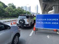 H-1 Lebaran, Pemudik Masih Padati Tol Jakarta - Cikampek