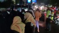 Rombongan Takbir Keliling Dicegat Polisi di Sidoarjo, Sempat Ogah Putar Balik