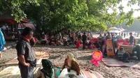 Pengunjung Membludak, Pantai Batu Karas di Pangandaran Ditutup
