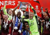Juara Piala FA, Dua Pemain Leicester City Bentangkan Bendera Palestina