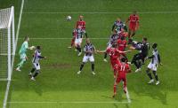 5 Kiper yang Cetak Gol di Liga Inggris, Alisson Becker Paling Curi Perhatian