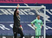 Gol Kepala Tuhan Alisson Becker Buat Asa Liverpool ke Liga Champions Terjaga